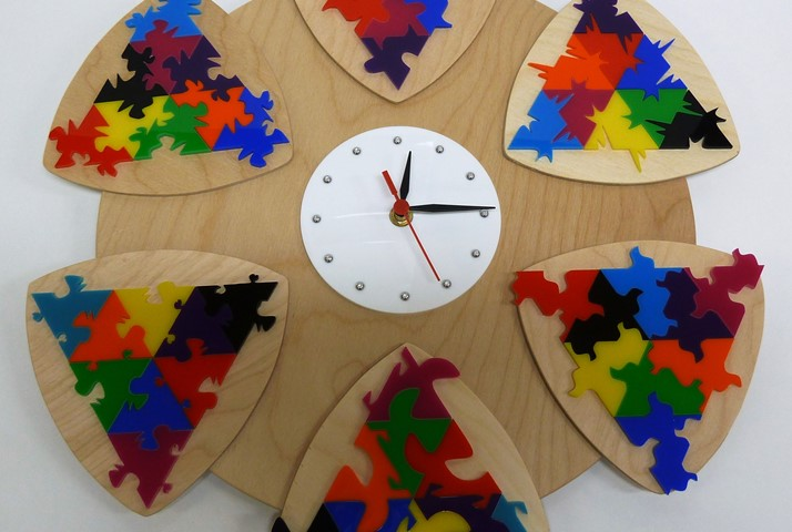 1Q Art group tessellated clock project